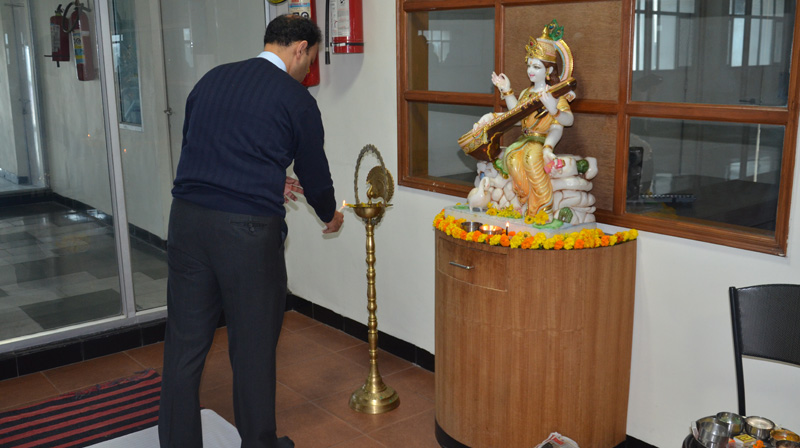 Students of SRMS IBS celebrate Vasant Panchami with much aplomb
