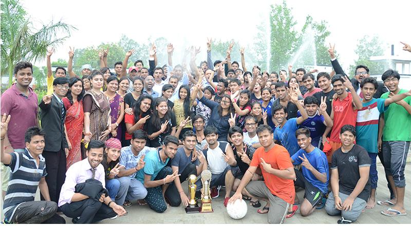 Proton – the Sports Club of SRMS IBS organized a game of rain football