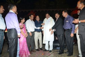 Shri-Dev-Murti-Ji-received-prestigious-award-Image3