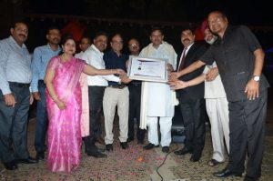 Shri-Dev-Murti-Ji-received-prestigious-award-Image4