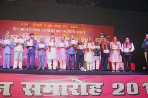 Felicitation-ceremony-at-SRMS-Image2